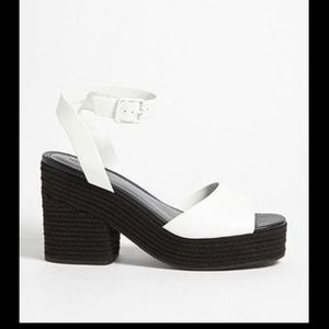 Shoes - Black & white Platform heels